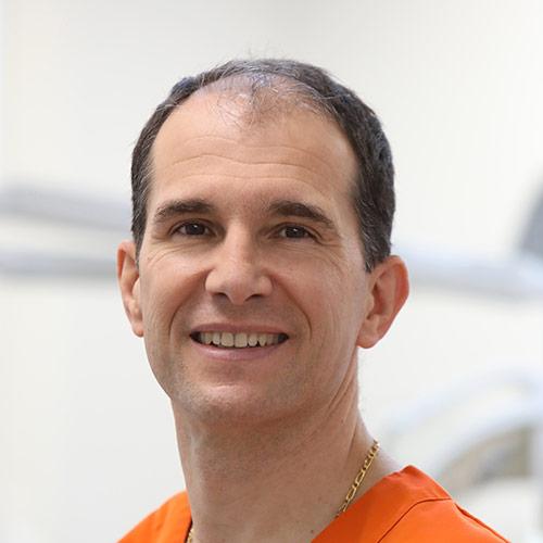 portrait-dr-strohl